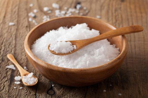 Người bệnh phổi tắc nghẽn mạn tính COPD nên kiêng ăn: muối