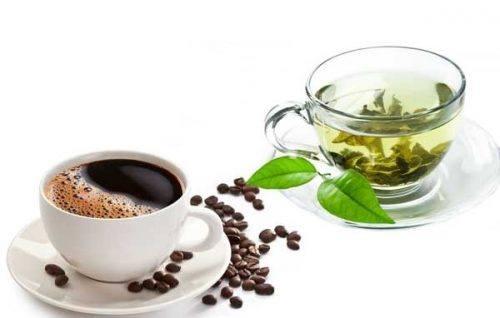 Có nên uống cà phê thay thuốc điều trị