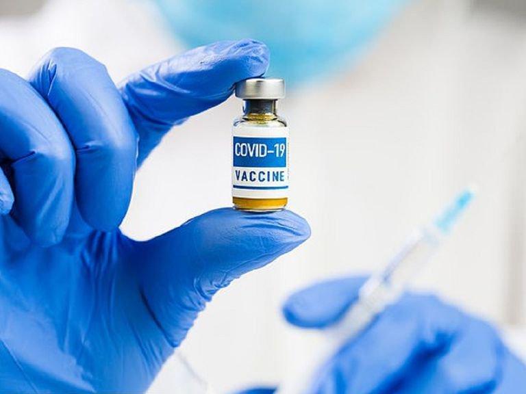 hen phe quan tiem vaccine
